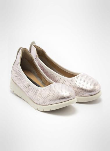 John May Ayakkabı Pudra